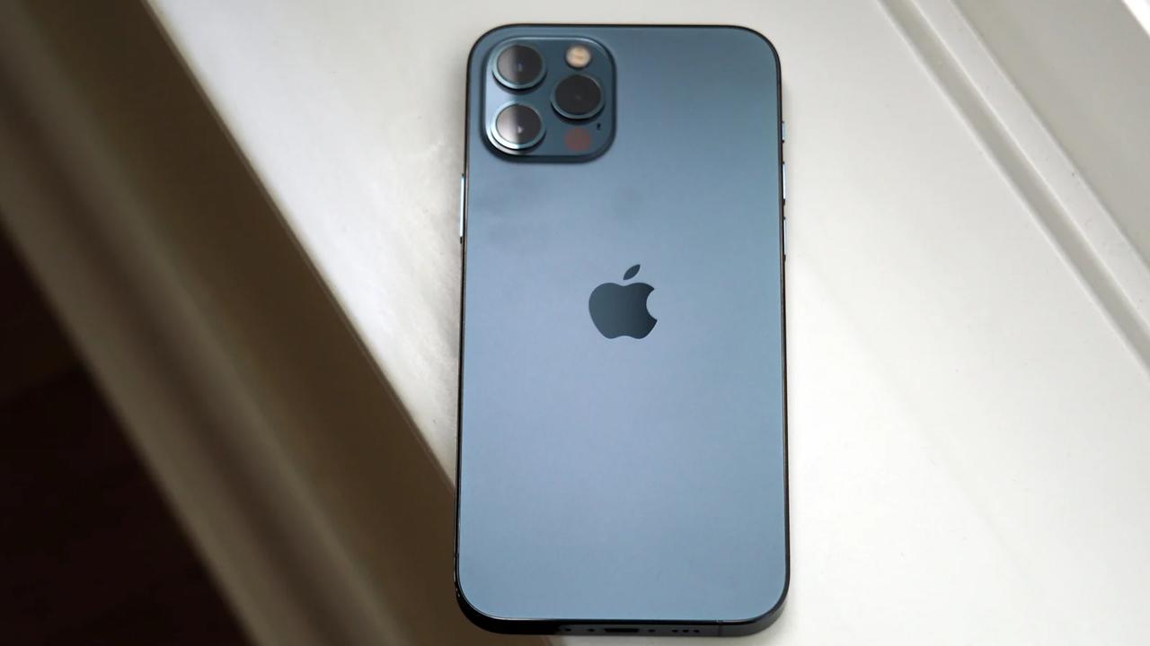 iPhone 12のバッテリーを1%でも長持ちさせるワザ