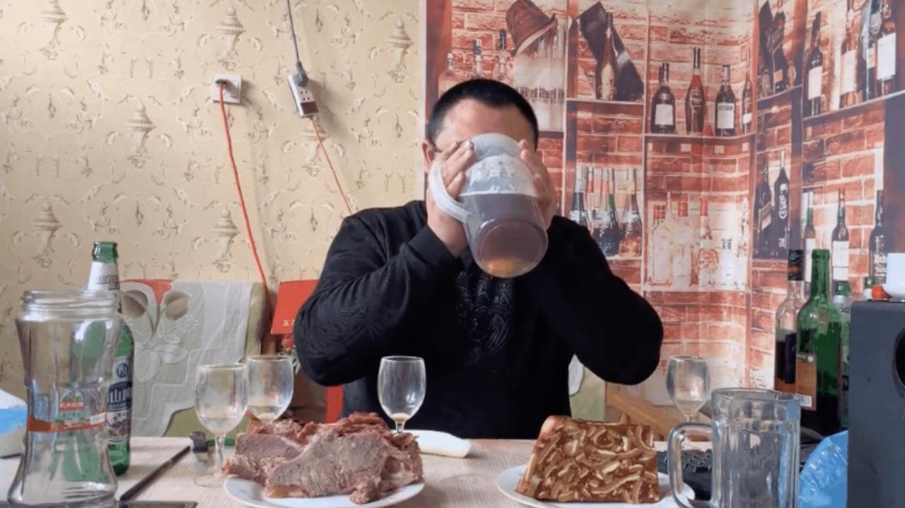 中国で大食い動画が罰金に科されそう