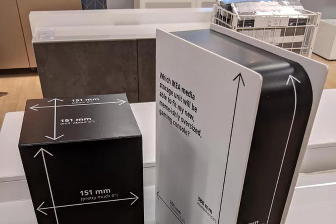 IKEAが優しすぎて泣いた… メディア棚コーナーにPS 5とXbox Xらしき箱置いてくれてる!