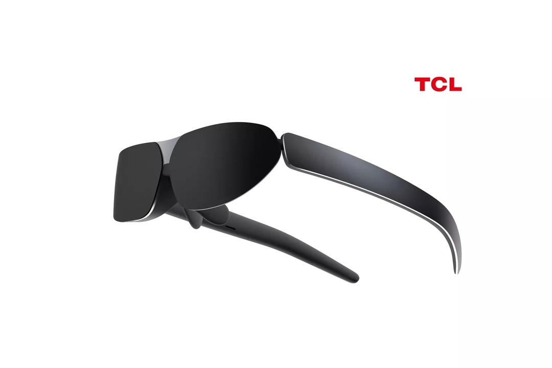 TCLのウェアラブルディスプレイ、目の前に140インチどーん! #CES2021