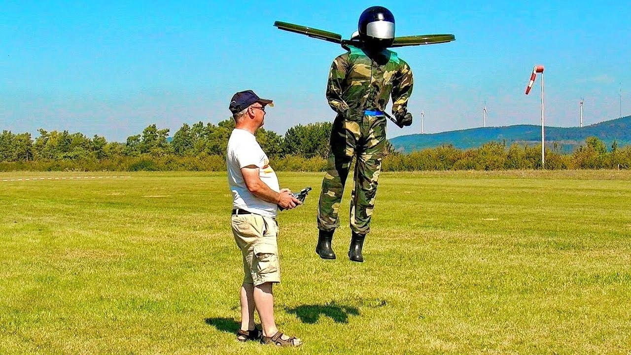 L.A.の空港付近で目撃されたジェットパック人間、もしかしたら人型ドローンだったかも?