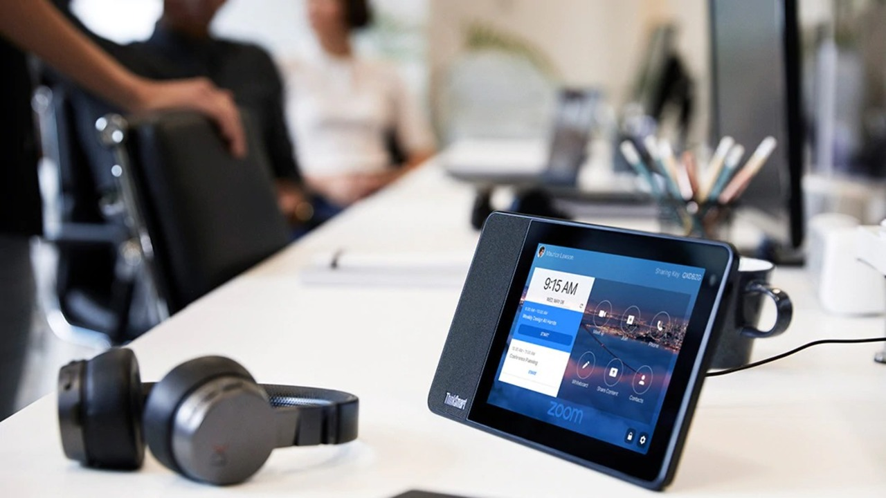 LenovoからZoom専用オールインワンディスプレイ「ThinkSmart View for Zoom」