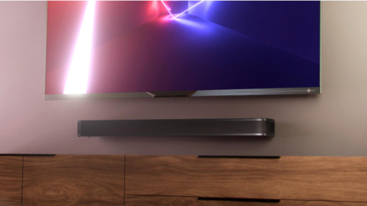 音のビームが壁に反射! 手軽に3Dサウンド体験を得られるJBL「Bar 5.0 MultiBeam」