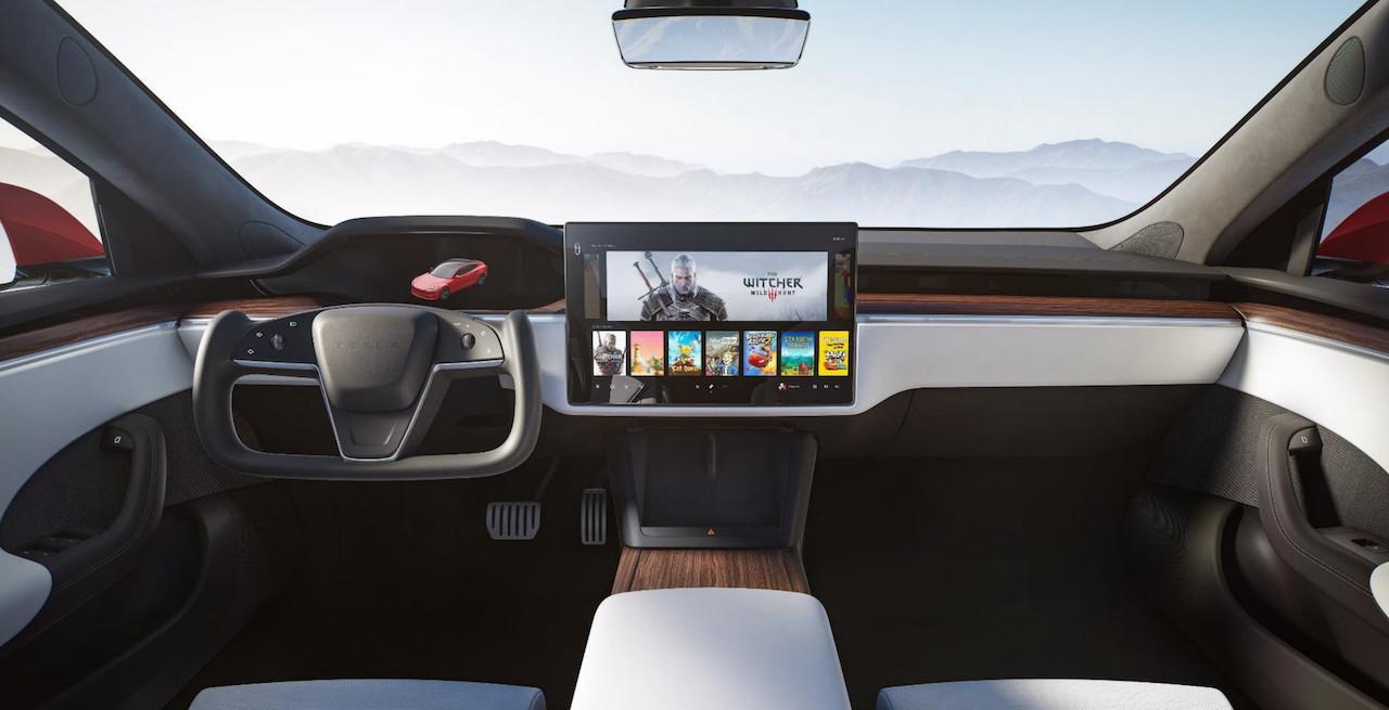 テスラの新型Model S/X、なんとシフト操作はクルマ自身が自動判断