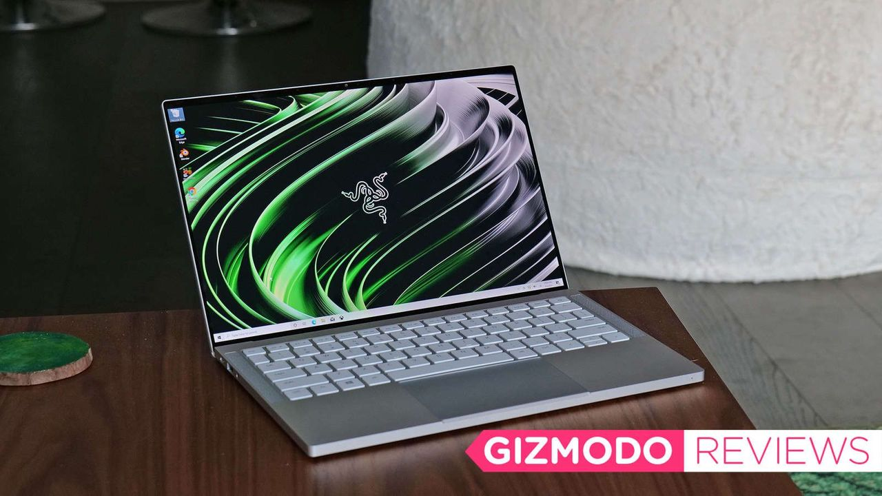 Razer Book 13レビュー:MacBookに一番近い2021年版Windowsノート