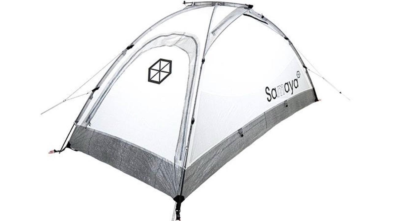 たったの1kg! 軽くて強いダイニーマとカーボン製テント「SAMAYA ASSAUT2 ULTRA」