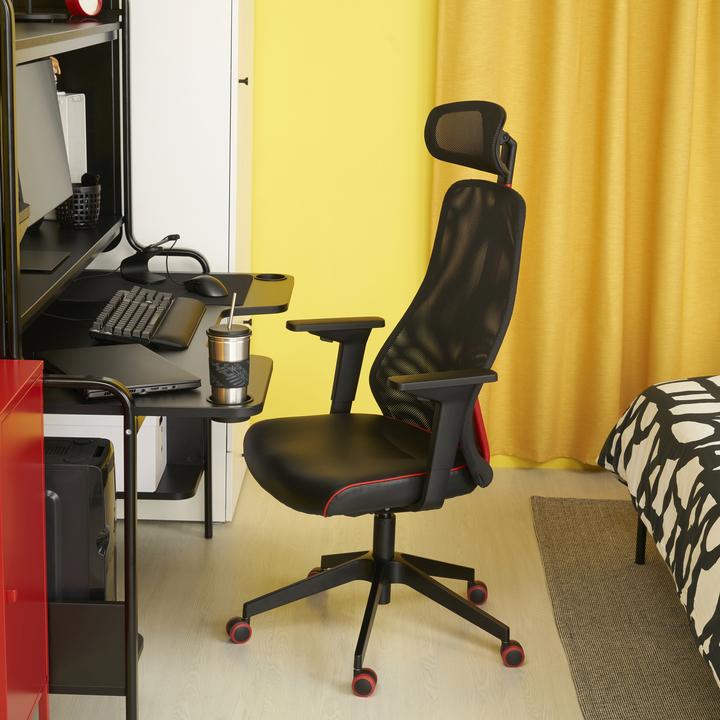 IKEAがゲーミング家具に本腰(でも光らない)。ASUSとのコラボデスクやチェアが5月に登場
