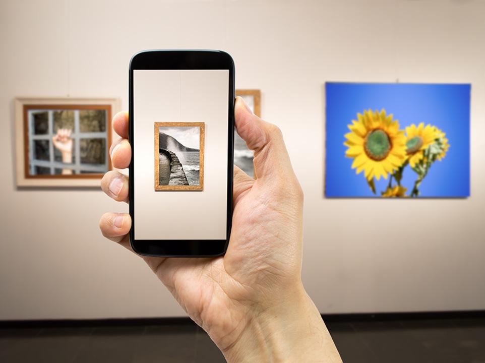 なんでもAIが答えてくれる。芸術への心の「壁」を取り払ってくれるアプリ