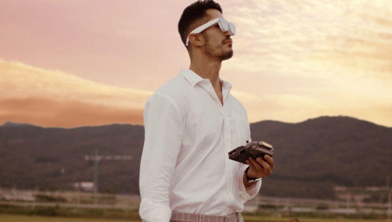 SamsungもARメガネを開発中? 分厚いレンズのメガネ動画が2本立てでリーク
