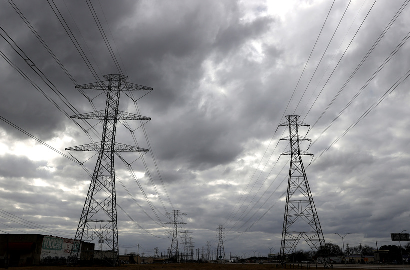 Texas-high-voltage-transmission-towers