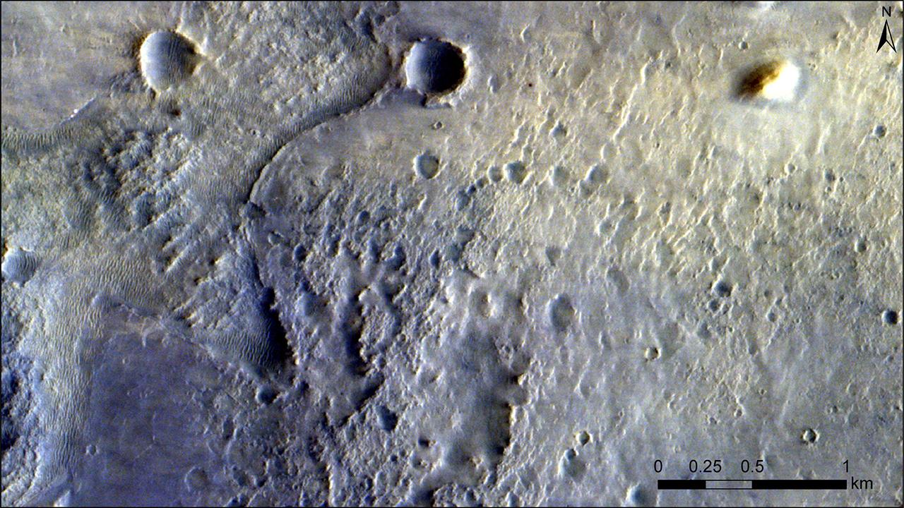 火星探査車「パーサヴィアランス」が写っています。どこでしょう?