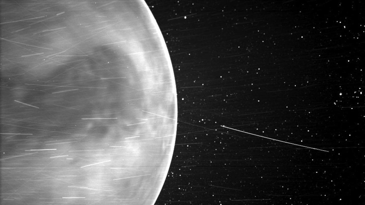 NASA「撮れるはずのない金星の画像が撮れちゃった」