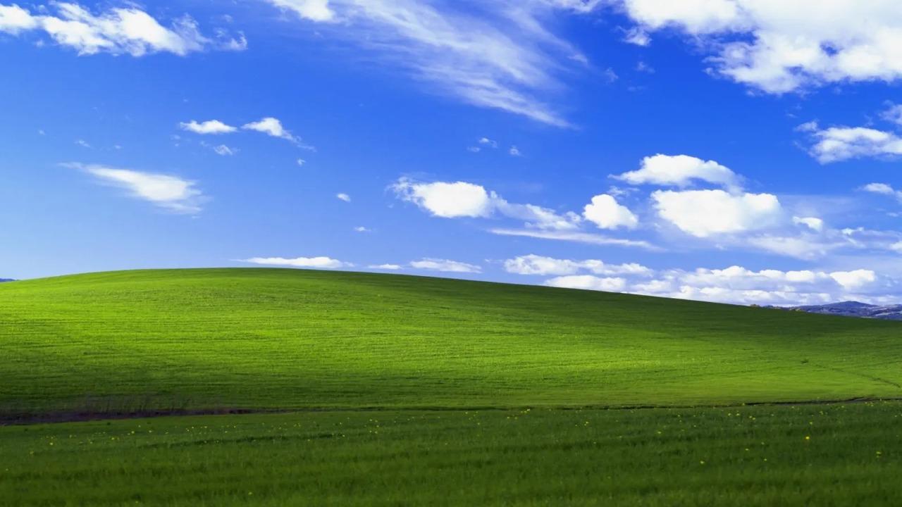 亡き父との思い出の場所? いつかWindows XPの丘に行こう