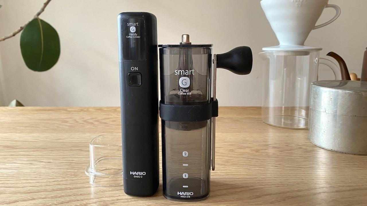 電動にも手挽きにもなるHARIOのコーヒーミル。充電式で持ち運びも楽ちん