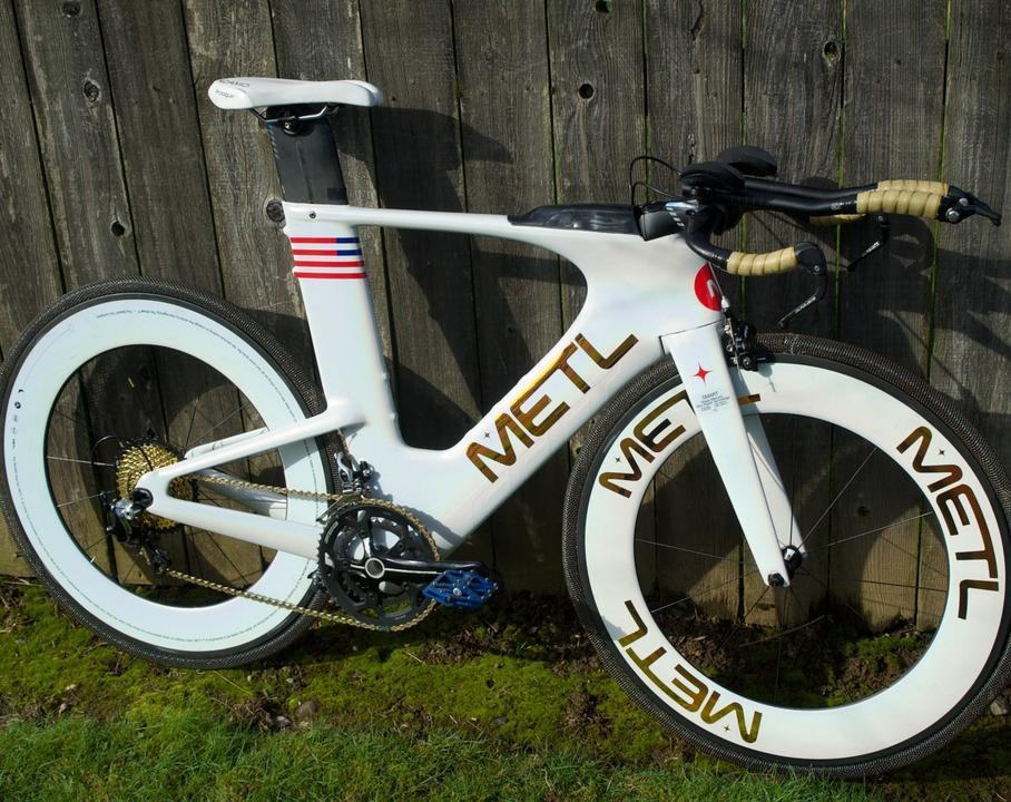 パンクしないぞ。NASAの探査車に使われる形状記憶合金メッシュのタイヤ、自転車にもやって来る