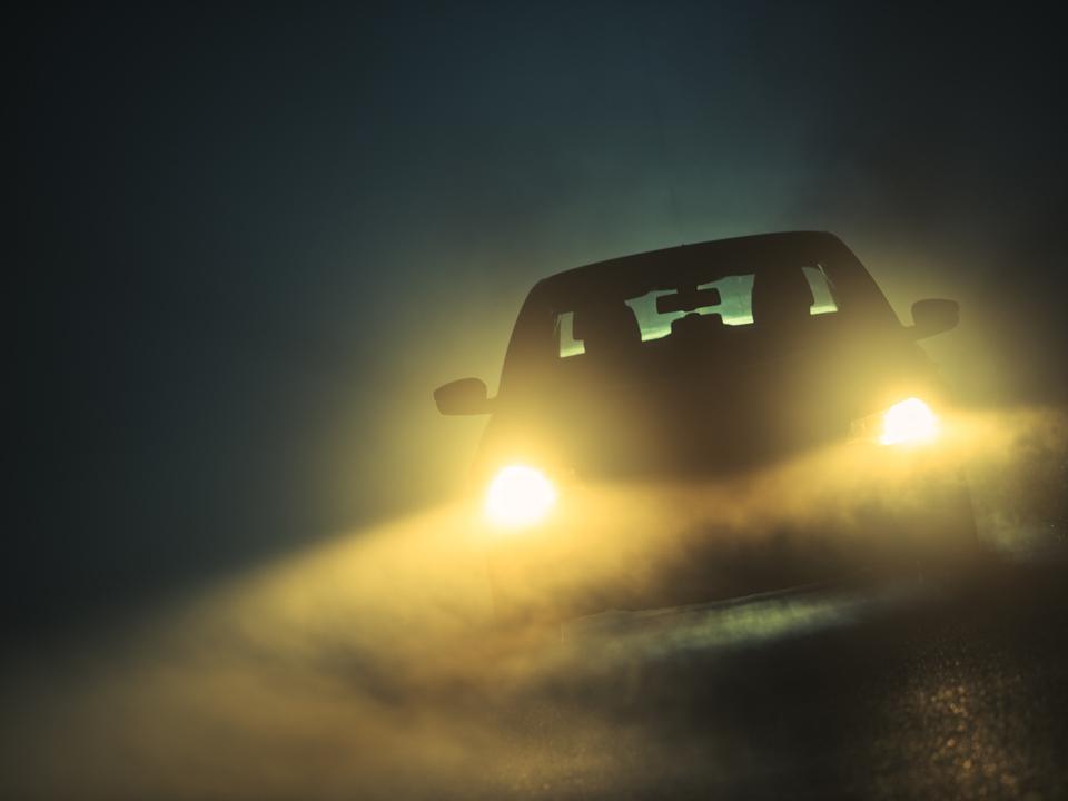噂のApple Car、赤外線ヘッドライトで3倍遠くまで見えるかも