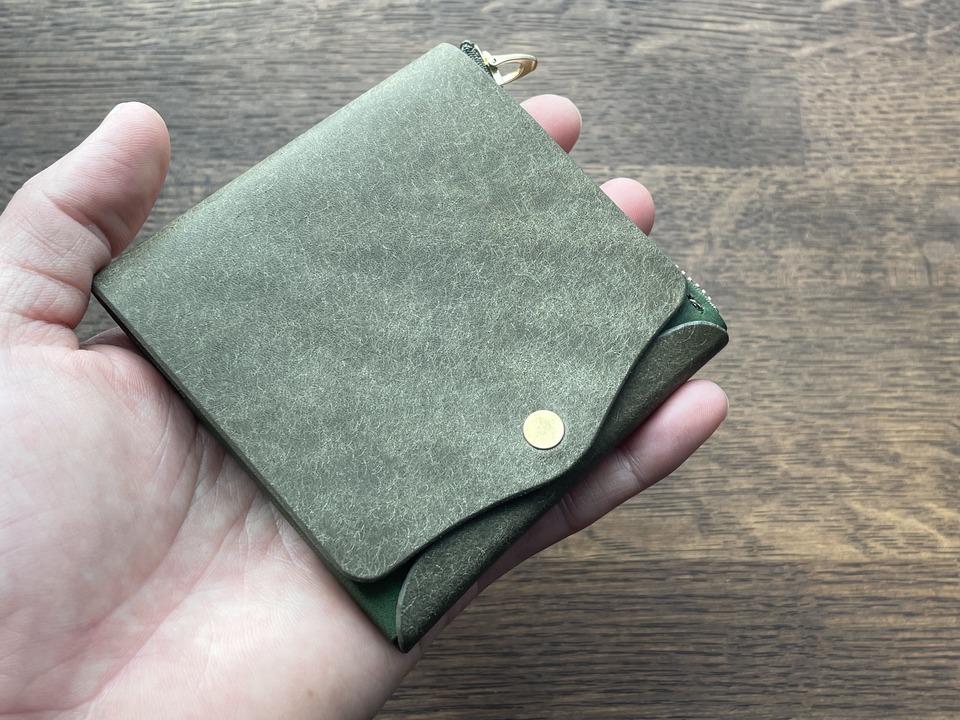 """小さくてもコインを""""サクッと""""取り出せる。こだわり抜かれたミニ財布「Saku」が登場!"""