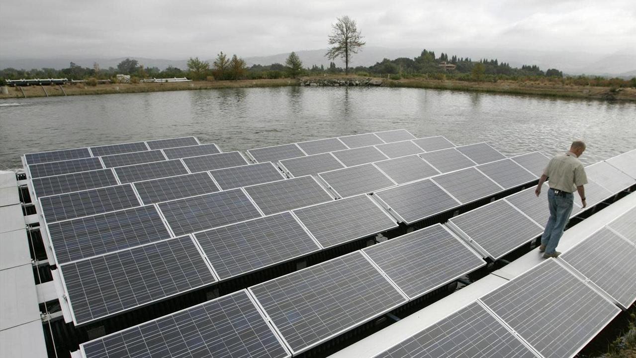 日本で盛んな水上ソーラーがカリフォルニアでも人気。目当ては電気と…水!