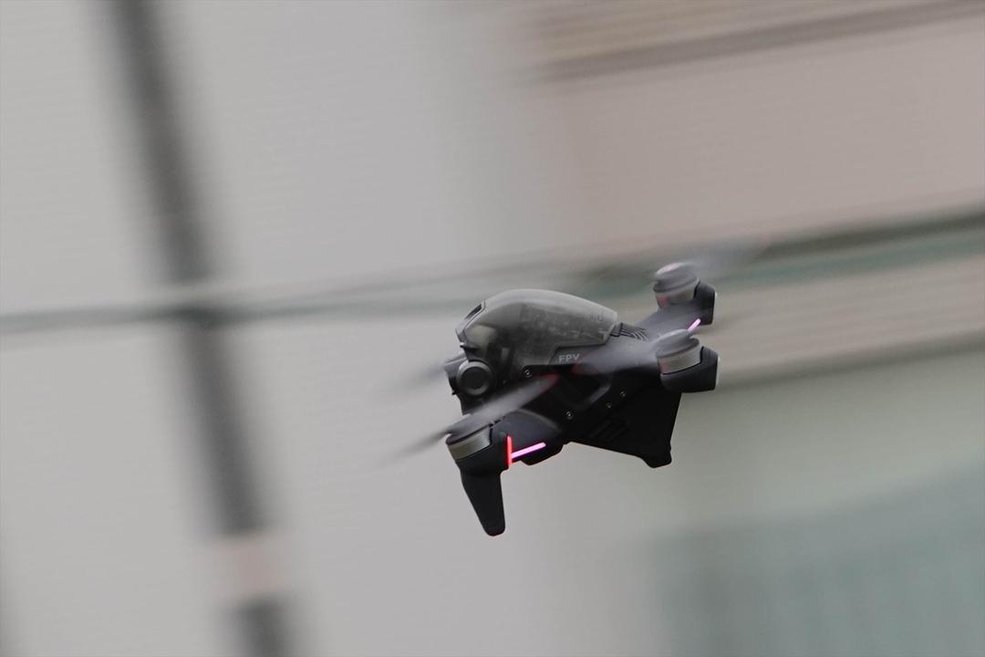 空を自由に飛び回れる体験を「DJI FPV」で手に入れたい