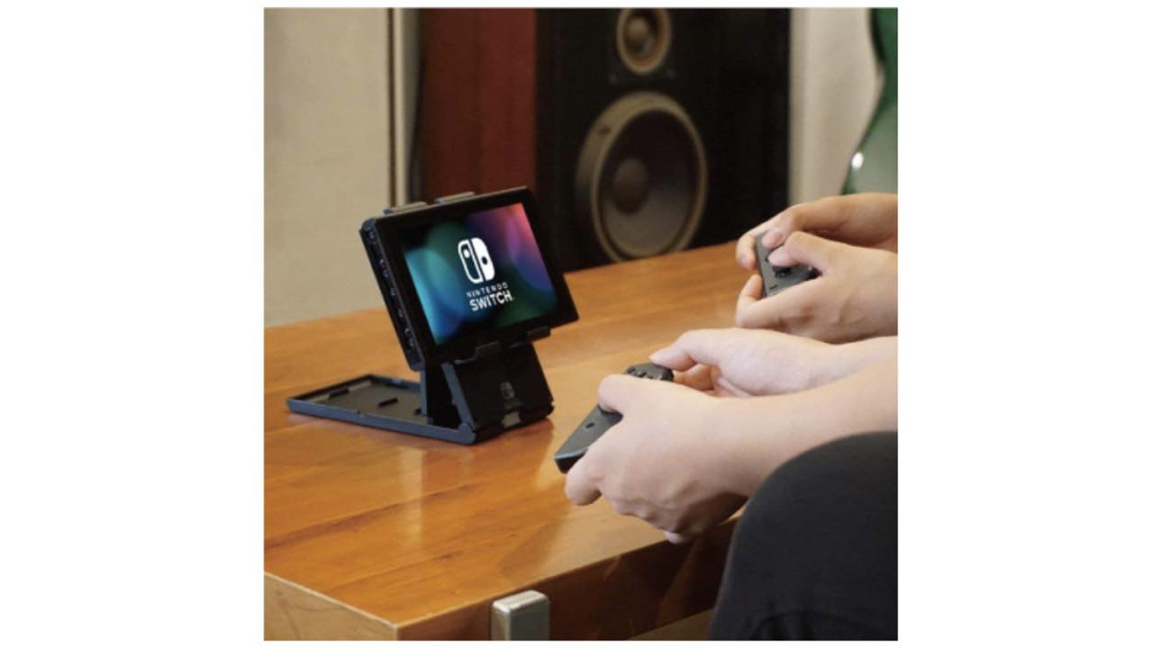 Switchをスタンドに立てた状態で充電できる! 任天堂のライセンス認証を受けた専用スタンド