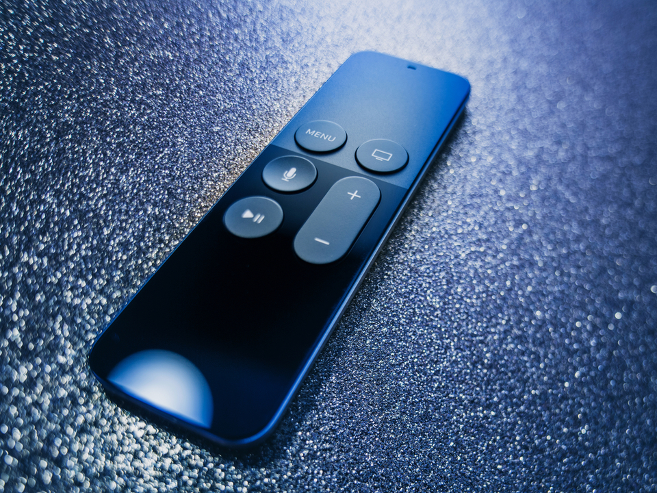 おや、次期Apple TVと新型リモコンの予兆が…