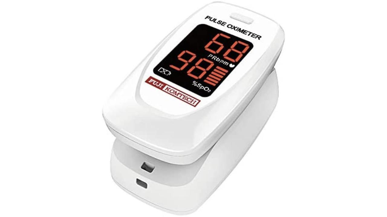 手のひらサイズのパルスオキシメーターなら、自宅や出先で手軽にヘルスチェックができるね