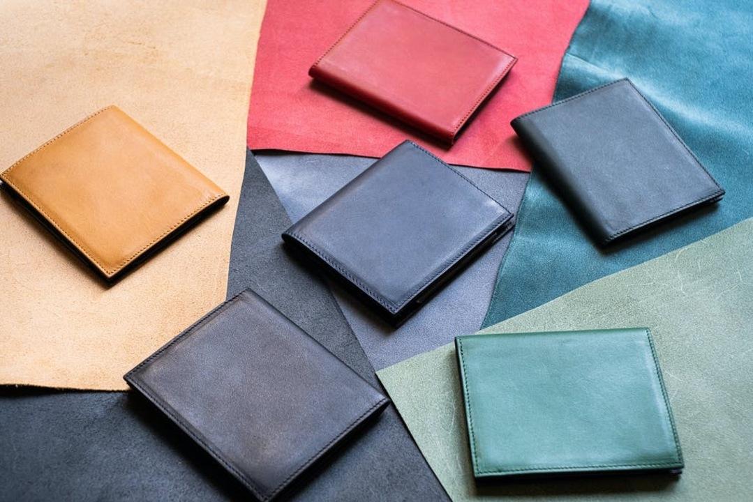 ついに新作発表!6ミリの薄さを実現した財布に隠された革新性
