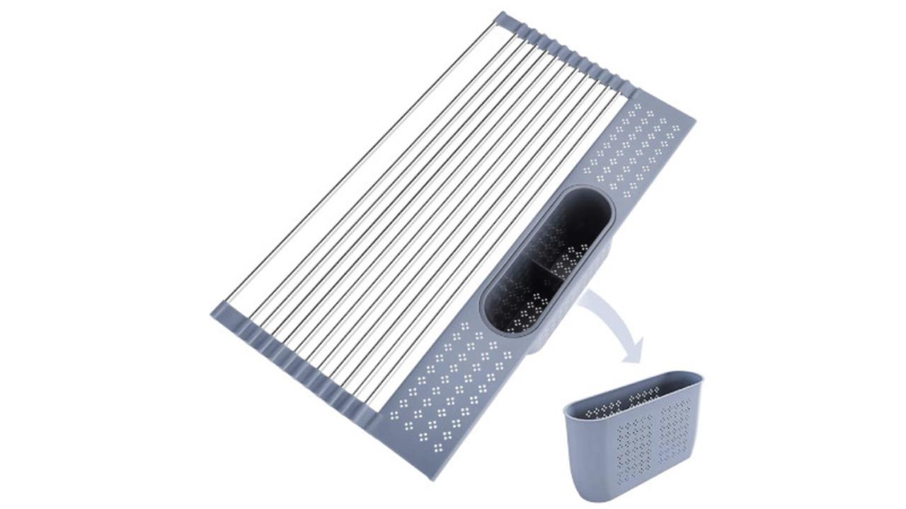 小さく畳める水切りラックは色々な使い方ができるし、キッチンスペースを有効活用できるぞ