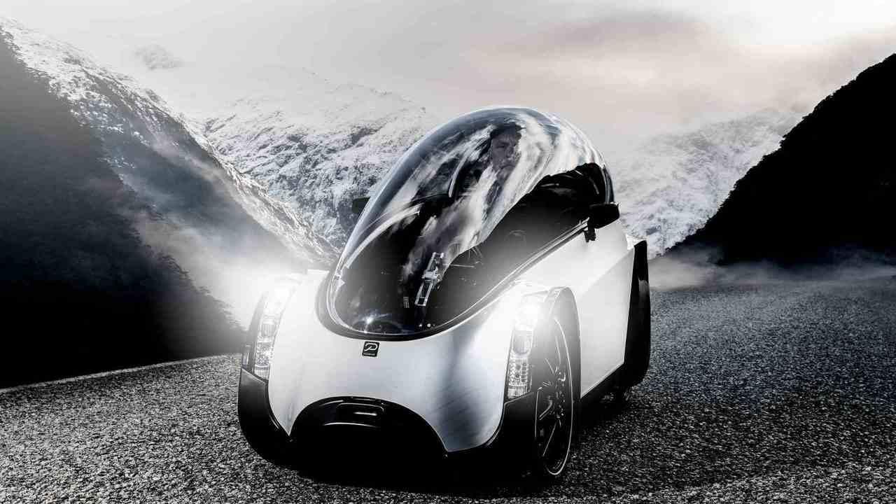 ジェット機みたい! 環境に優しいカプセル型の電動アシスト4輪自転車「Podbike」
