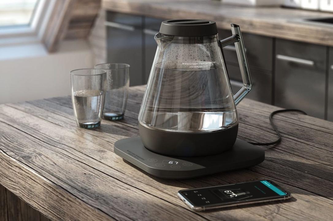 アプリ操作でお湯が沸かせる! ガラス製でおしゃれな電気ケトル「WaterCoocker」が登場