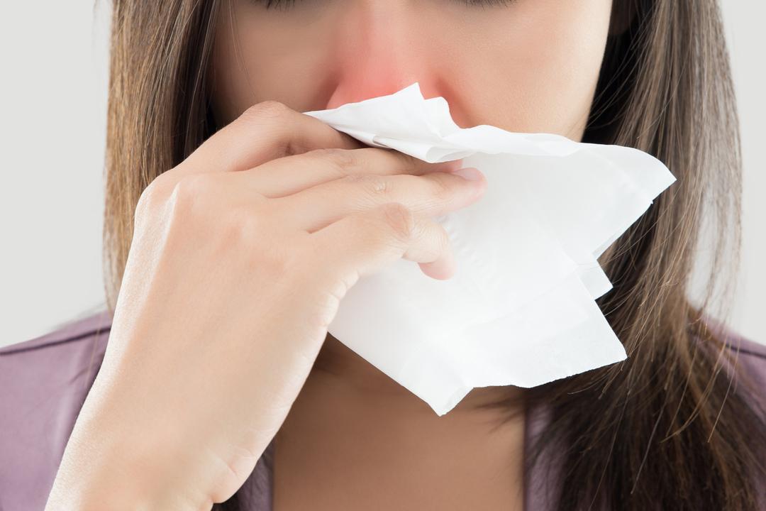 慢性の鼻詰まりは脳の活動に問題を引き起こす可能性がある