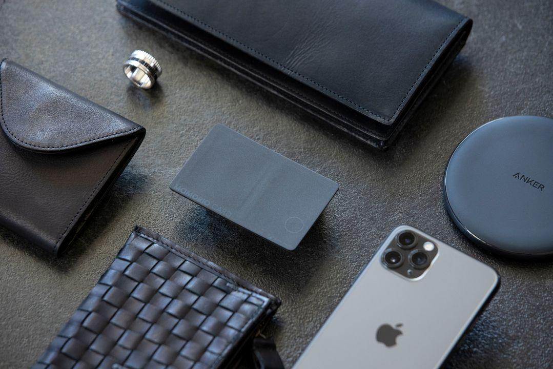 カード型で充電可能キタ! 紛失防止デバイス「MAMORIO CARD」