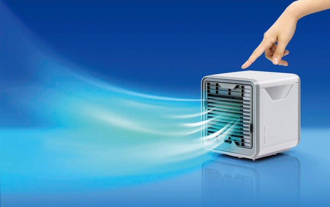 冷房を独り占めできちゃう! USBで使える軽量パーソナルクーラー「ここひえ」
