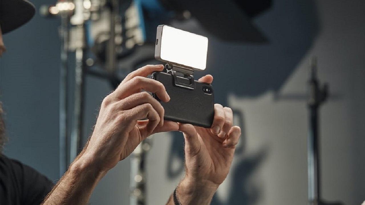 ポータブルソフトライト「BIGSOFTI」で撮影のクオリティをプロ並みに!