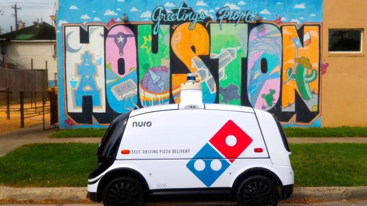 米ドミノ・ピザ、自動運転車によるテスト配達をスタート