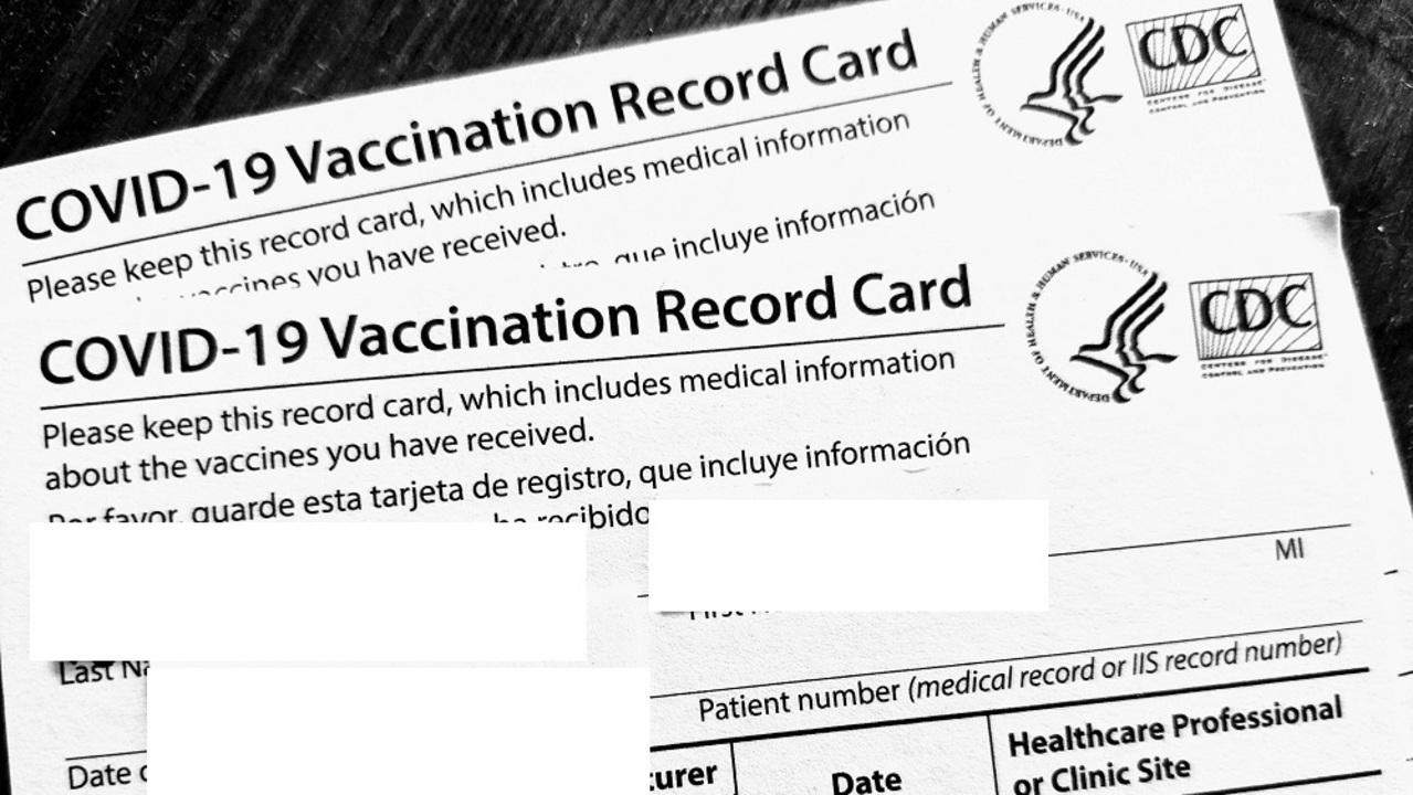 白紙のコロナワクチン接種証明がeBayに。100人以上が購入…ってなんに使うの!?