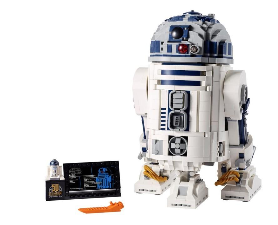 ギミックいろいろ。レゴからルーカスフィルム50周年記念「R2-D2」が登場