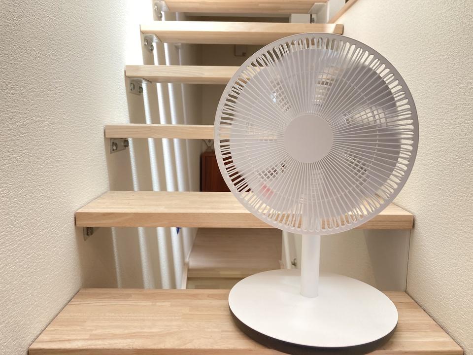スマート扇風機インプレッション:そよ風を感じて考えるお家スマート化の難しさ
