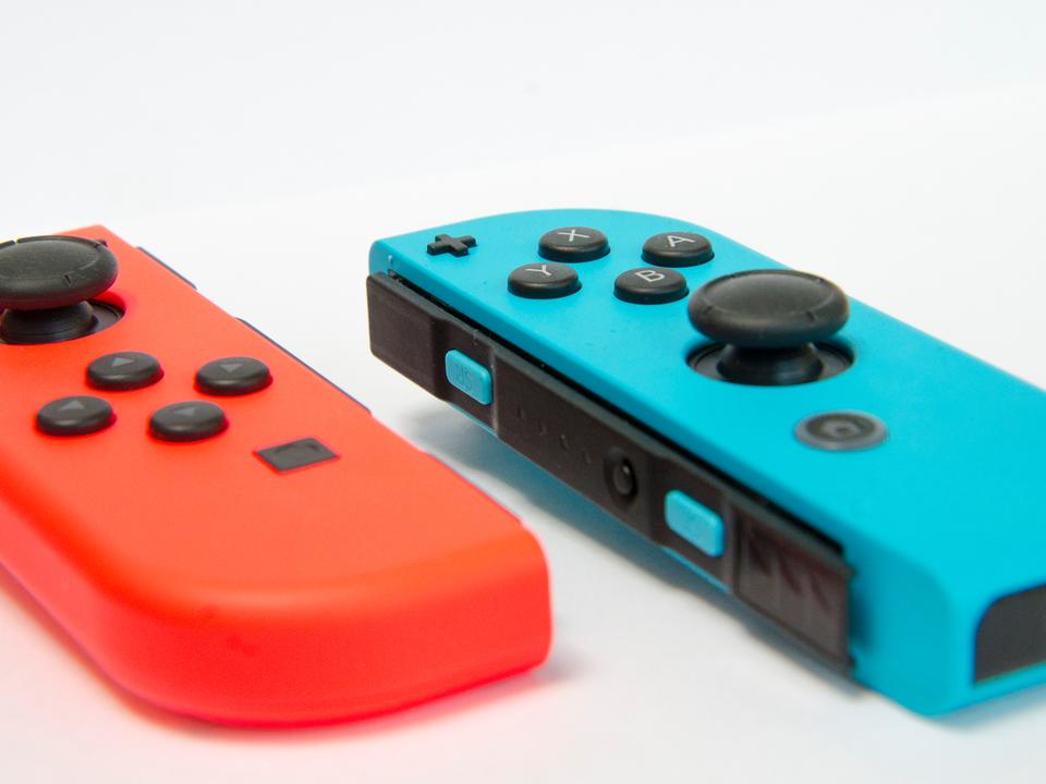 メーカーがぽろり。Switch Proに有機ELディスプレイ搭載とのウワサ