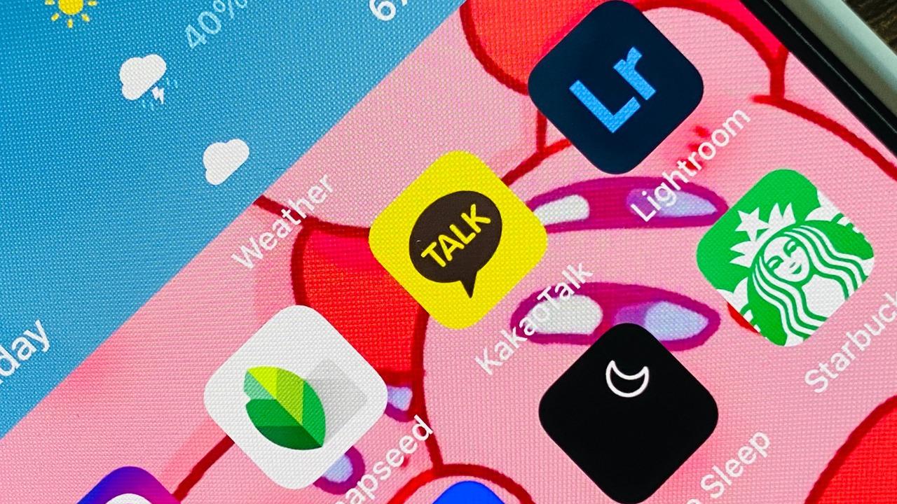 SamsungがTizenをやめてWear OSに戻すかもしれない理由、それはカカオトーク?