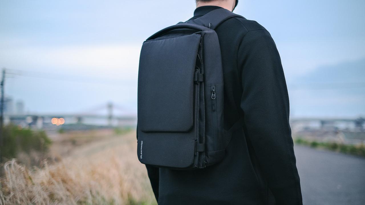 スリムデザインと機能を両立。支援額1000万円超えの人気バック「Pleatpack」を使ってみた