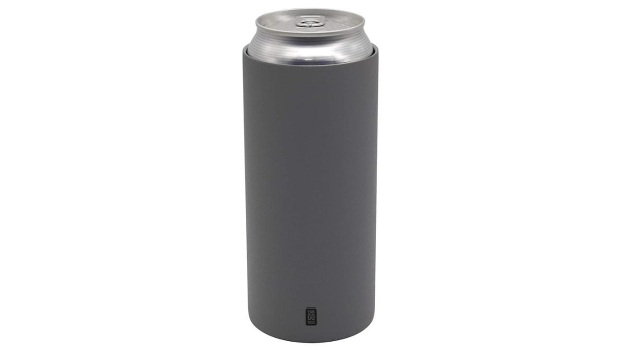 夏も冬も大活躍。缶飲料がすっぽり入るステンレス保温マグ