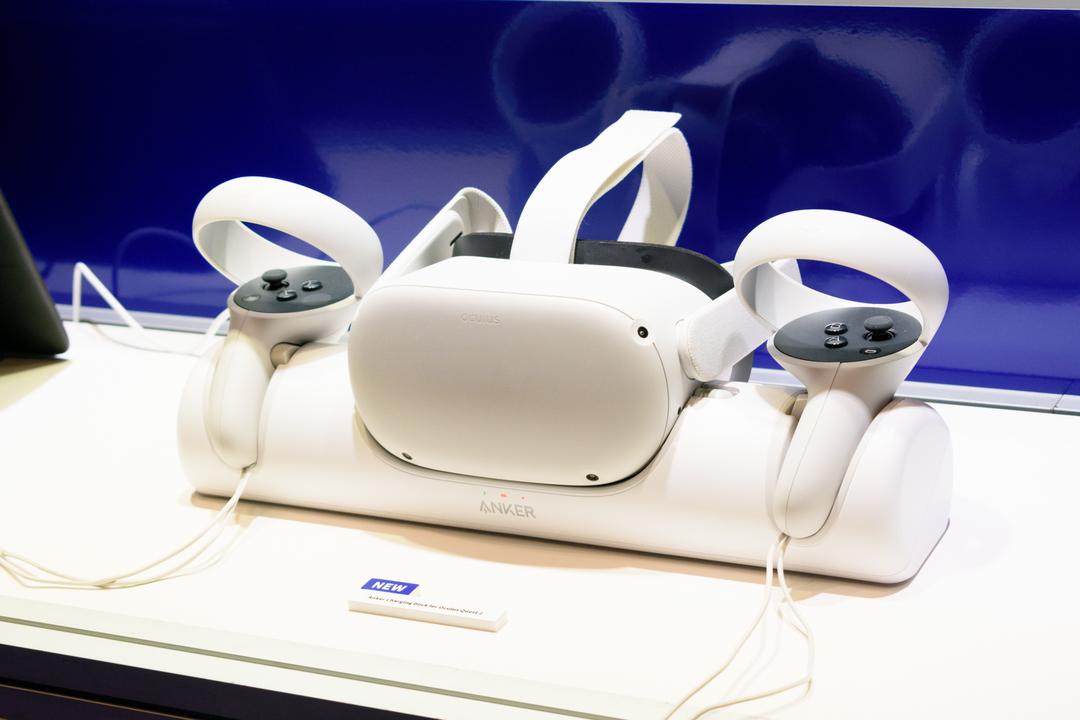 Oculus Quest 2ユーザーのみなさーん! とっても理想的な充電ドックがAnkerから出ますよー!