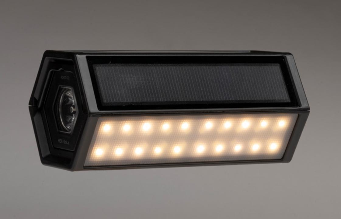 ROOT CO.の新作はソーラー&モバイルバッテリー機能持ちの六角形LEDライト!