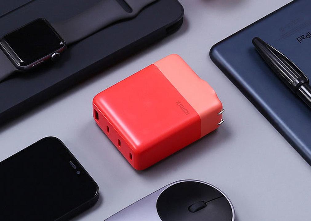 USB-Cで100W給電ができるACアダプターが約5,000円。安い時代になったねぇ