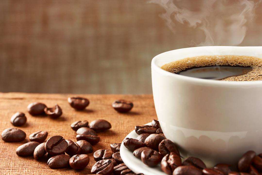 カフェインは目を覚ましてくれるけれど、認知機能を向上するわけではないっぽい