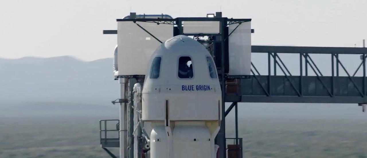 これぞ宇宙兄弟? ジェフ・ベゾスが来月ブルー・オリジンで兄と宇宙に行く