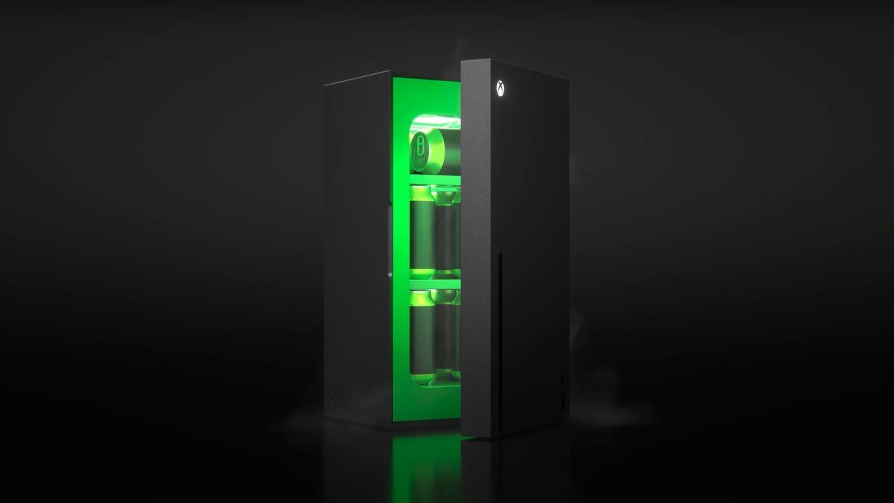 ネタじゃない! マイクロソフトから「Xbox風ミニ冷蔵庫」リアル製品化発表!