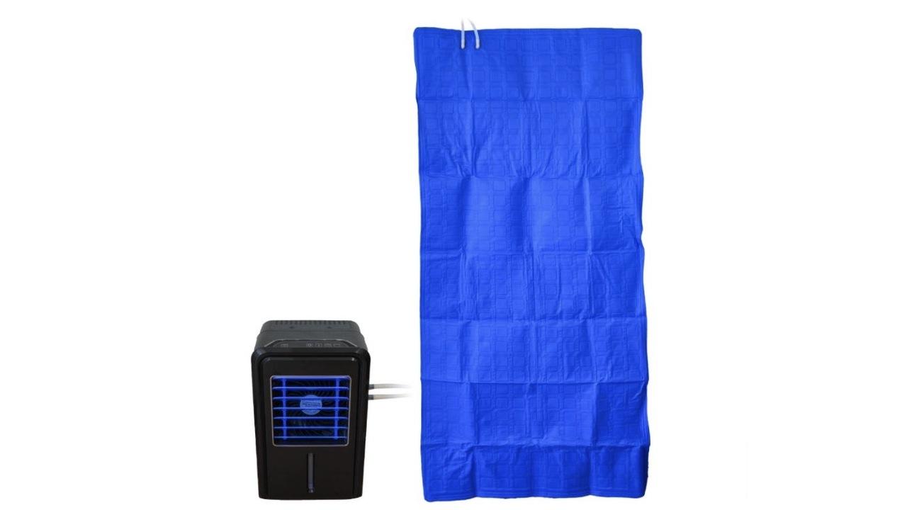 まるで寝られるエアコン。冷却された水が循環する冷感ひんやりマットで熱帯夜に勝つ!
