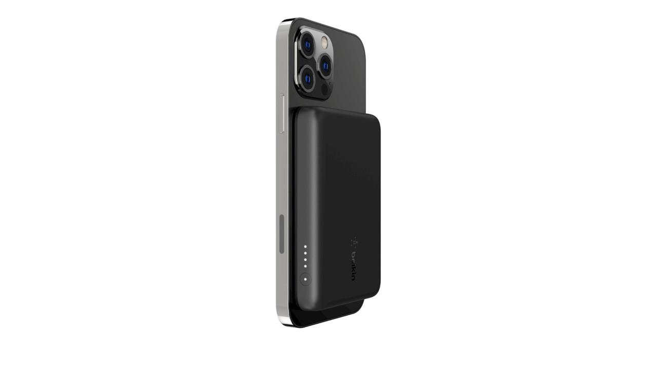 ベルキンからもMagSafeモバイルバッテリーが登場。重量108gだから日常使いしやすい!